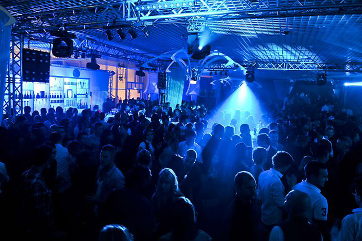 clay paky goes clubbing in monte carlo lightsoundjournal com