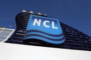 Norwegian Cruise Line's Norwegian Pearl - LightSoundJournal com