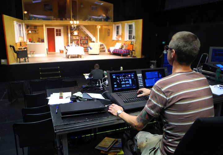 etc gio control for danish theatre lightsoundjournal com