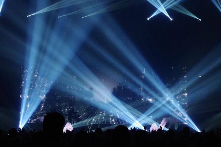 Stromae_light12