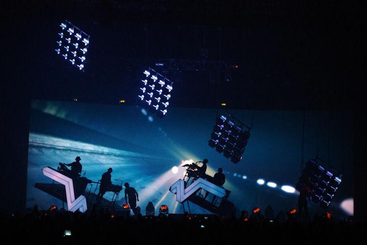 Stromae_light3