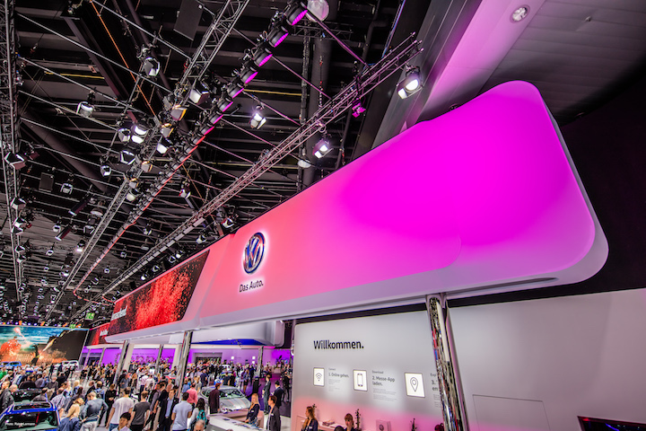 Leading the charge was volkswagen where the team from lighting design and technical conception company rgb gmbh specified a massive 430 of glps new x4 l