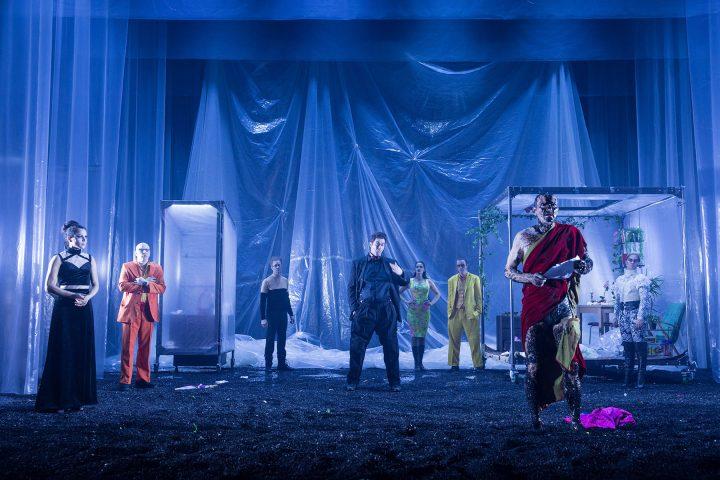 Robe Icelandic National Theatre DL7S Profile LEDBeam 1000 Actor6
