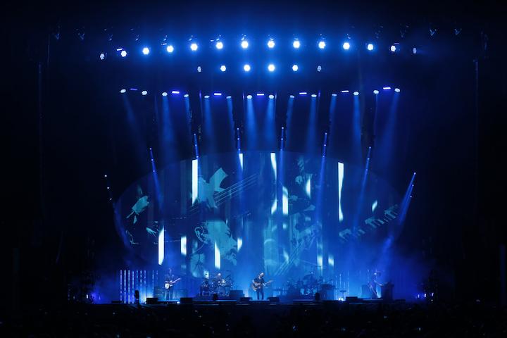 GLP German Light Products Radiohead X4 L LED X4 Bar 20 Moon Shaped Pool Tour