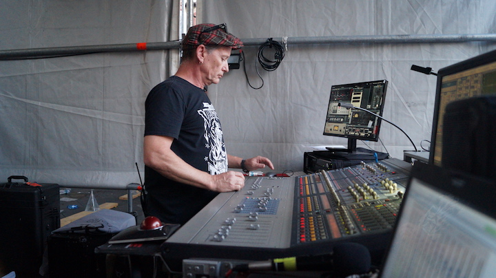 Interview with Steve McGuire - FOH for The Cult - LightSoundJournal com