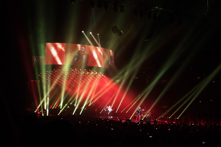 Claypaky Queen & Adam Lambert World Tour 2017-18