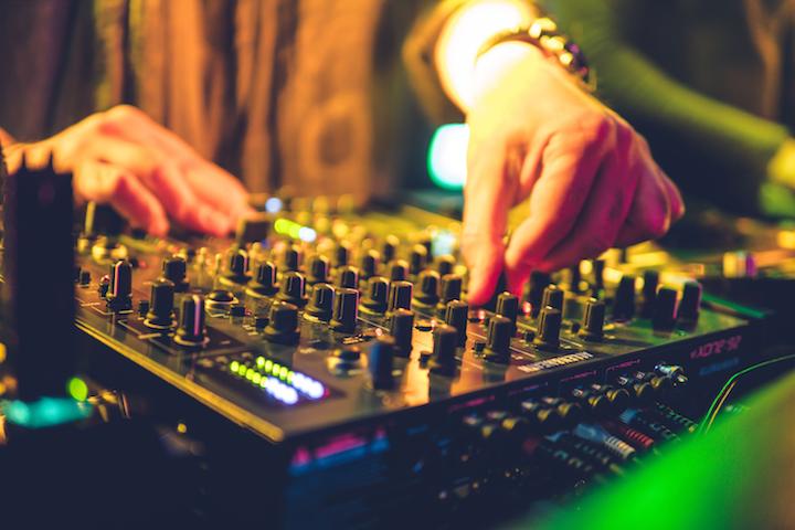 HEC PRO Xone DJ Istanbul Allen & Heath