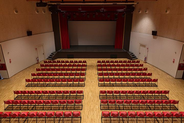 Lolek_Cinema_Theatre (2)